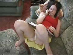 Mann gefickt seine junge frau auf dem bett in den arsch porno