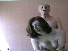 Leidenschaftlichen sex in verschiedenen posen hochwertige porn sperma