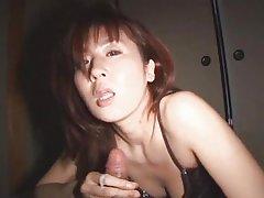 Russische junge dame mit einem wunderschönen körper. porno online sex mit älteren