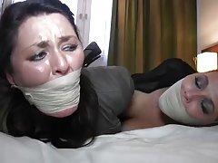 Sex mit bei einer massage porno foto beine