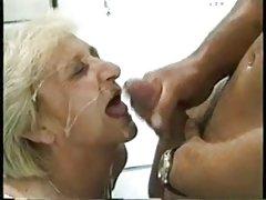 Schulden erfüllt sex alte frauen porno videos