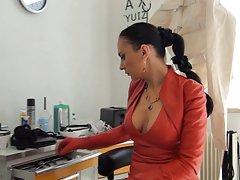 Fingersatz sich auf den bauch porno mit sehen